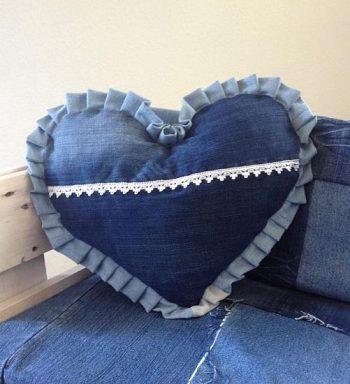 Szív alakú díszpárna - Rethy Fashion